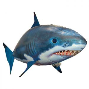 mainan-ikan-terbang-air-swimming-fish-shark-b